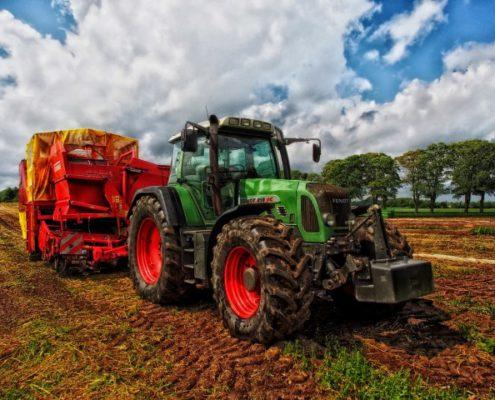 Landbouwmachine polycarbonaat kunststof ruit - Perlaplast Kunststofshop